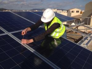 instalación modulos solares en azotea